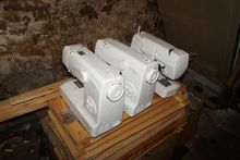 3 sewing machines. - Auction 48
