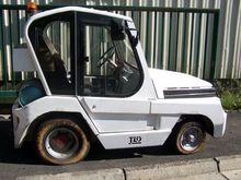 2004 Tld Tmx20 Tractor car