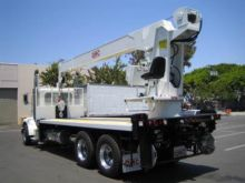 QMC 4030R Boom Truck