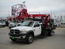 2011 ELLIOTT L40R Aerial Lifts
