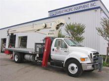 2005 TEREX BT3470 Boom Truck