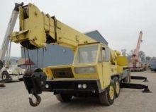 1978 P&H T300A Hydraulic Truck