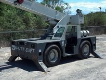2008 SHUTTLELIFT 5540F Carry De