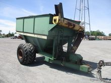 JD 1210A  AUGER CART TAG#74981