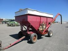 GRAVITY WAGON W/AUGER TAG#74984