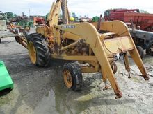 JD 1010 TRACTOR LDR BACKHOE #16