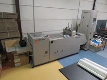 Folds / collectors-gluing road,