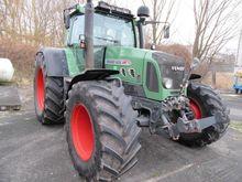 Tractors Fendt 820 Vario