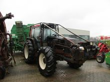 Forestry tractor Valtra 8150 4
