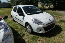 Car (M1) Renault Clio