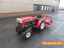 Mitsubishi tractor with Schneid