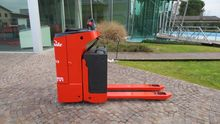 Used 2006 Linde T 20