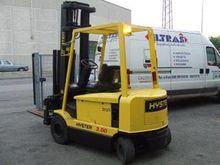 2004 Hyster J3.00XM