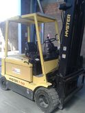 Used 1999 Hyster J3.