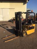 Used Caterpillar F30
