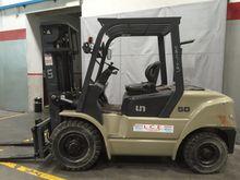 UN Forklift UFD 50 COMPACT
