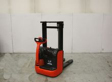 Used Linde 379 in It