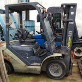 2011 UN Forklift FD25T-JE