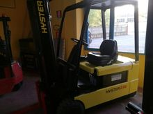 Used 2003 Hyster J2.