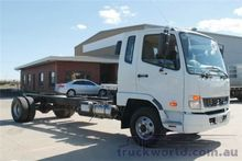 2014 Mitsubishi Fuso Fighter 10