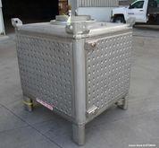 Used-Custom Metalcraft Transtor