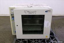 Used- Heraeus Instruments Vacut