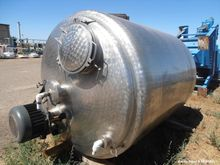 Used- Mixing Tank, Approximate