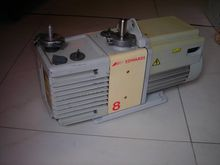 Edwards RV8 Rotary Vane Vacuum