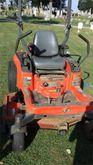 Kubota ZG227 Lawn tractor