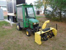 John Deere 425 Lawn tractor