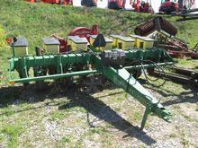 Seed Drill - : JOHN DEERE 7000