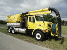 1999 Sterling L9501 Vactor 2110