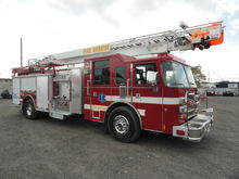 2001 Pierce 61' Telescopic Ladd