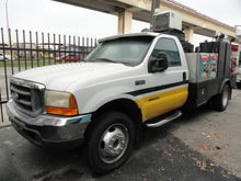 1999 Ford F550 Fuel & Lube