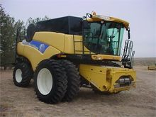 2007 NEW HOLLAND CR9060