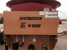 2015 HAYBUSTER H1030