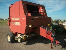 Used 2000 HOLLAND 68