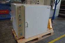 Heraeus Heating and Drying Oven