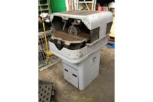 Wickman Type 8B grinder - and l