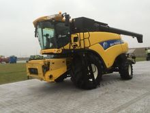 2009 New Holland CR 9080 T4i