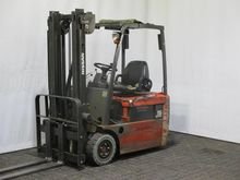 Used 2003 HYSTER H 7