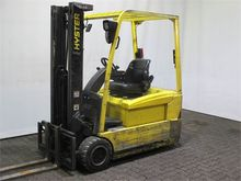 Used 2005 Hyster J2.