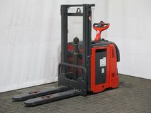Used 1998 HYSTER H 4