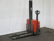 Used 2006 BT SWE080