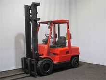 Used 1995 Hyster H3.
