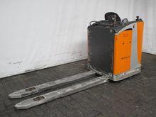 Used 2006 BT SWE 080