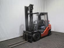 Used 2007 LINDE H 40