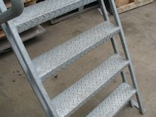 INDUSTRIAL STEEL STAIRS STAIRCA