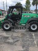 2011 JCB 520