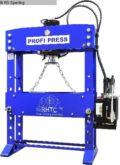 2017 Tryout Press - hydraulic R